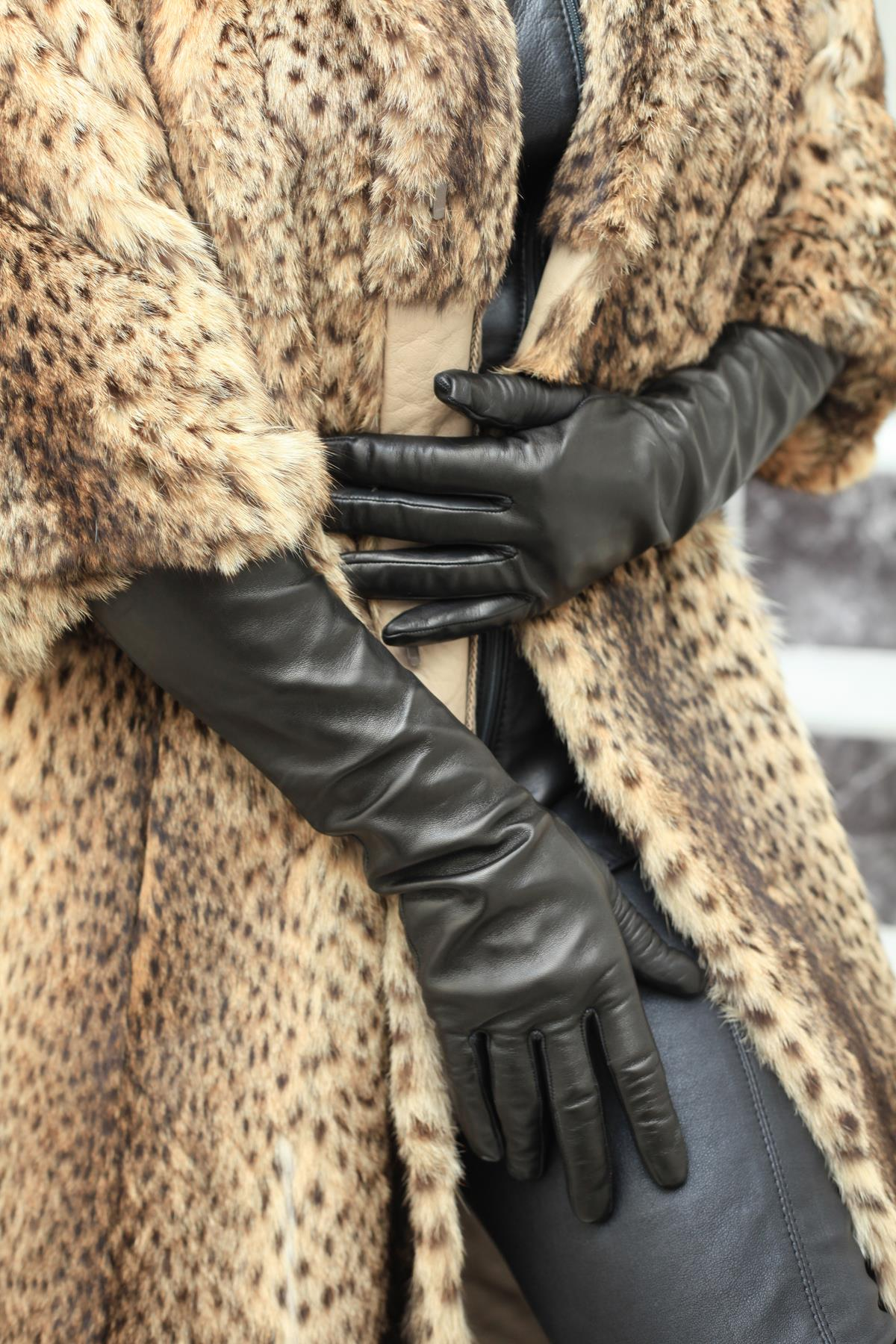 40 cm ellenbogenlange Damen Lederhandschuhe ungefüttert