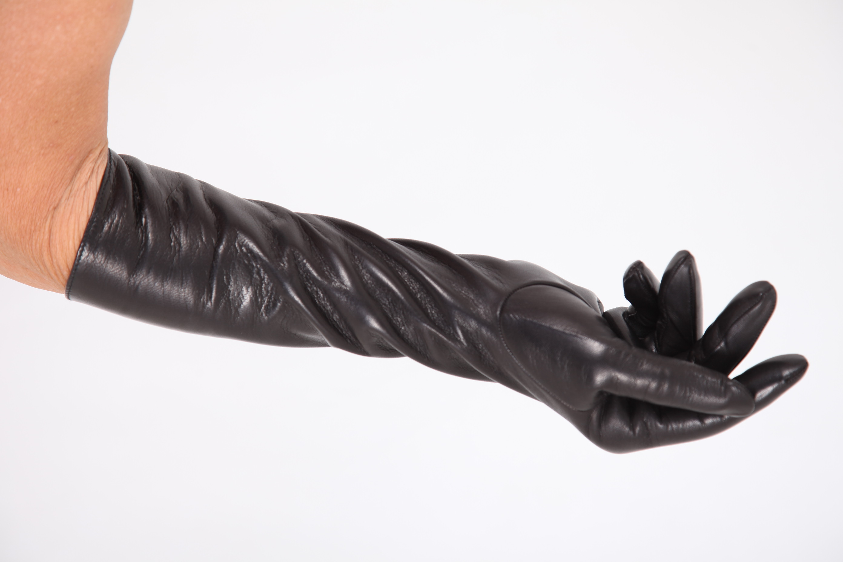 40 cm lange Damen Lederhandschuhe mit Seidenfutter